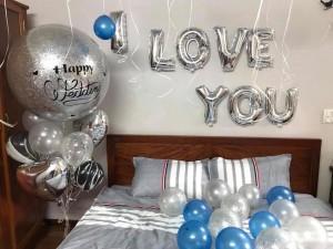 Bóng bay jumbo trang trí phòng cưới